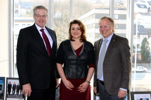 """Photo of Fachkräfte gesucht: Südwestfalen startet Regionalmarketing Medienökonomin Marie Ting leitet Kampagne / Passender """"Claim"""" gesucht"""