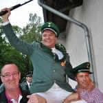 <b>Olpe: Thiemo Burghaus ist neuer Schützenkönig von Altenkleusheim</b>