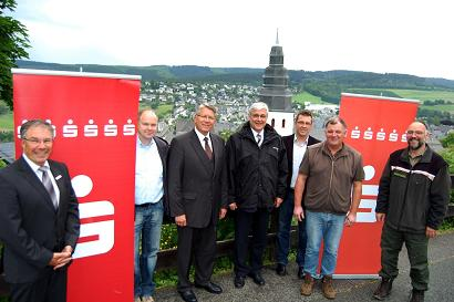 Photo of Einsatz für innovatives Projekt in Meschede: Sparkasse Meschede unterstützt  LEADER-Workcamp