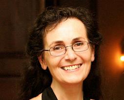 Trauerrednerin und Buchautorin Helene Düperthal