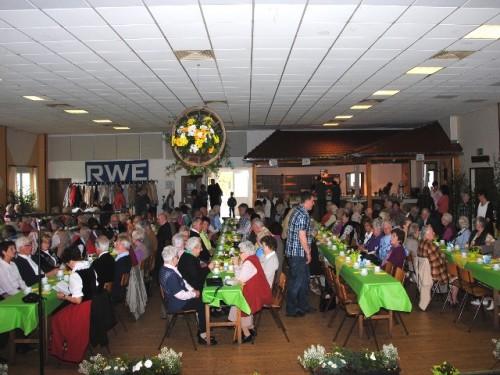 Bis auf den letzten Platz war beim Seniorennachmittag die Rahrbacher Schützenhalle gefüllt. (Foto:AT)