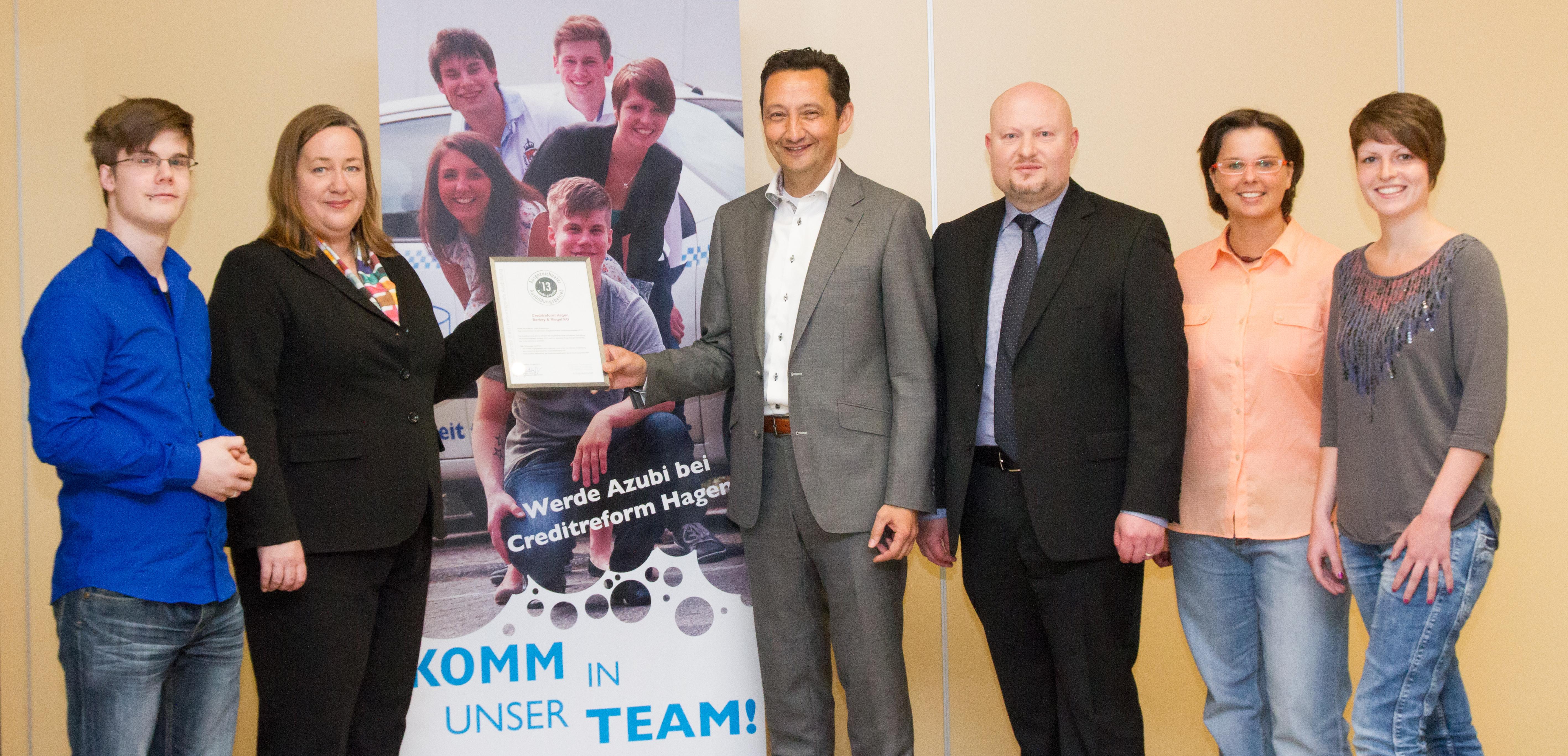 Photo of Creditreform Hagen ist ausgezeichneter  Ausbildungsbetrieb 2013