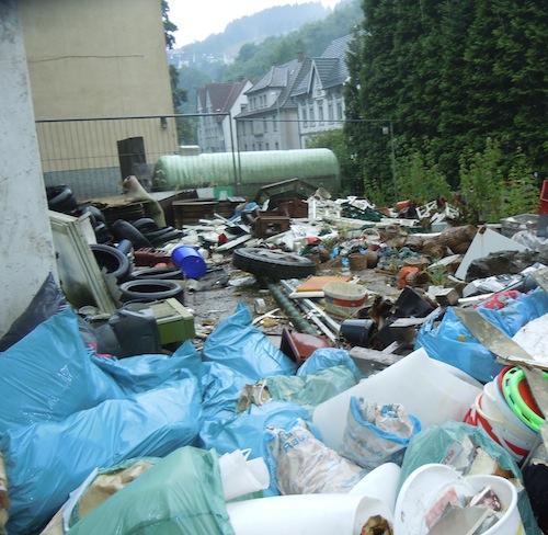 Illegale Müllkippen nehmen nach und nach immer größere Dimensionen an, Foto: Pohl/Märkischer Kreis