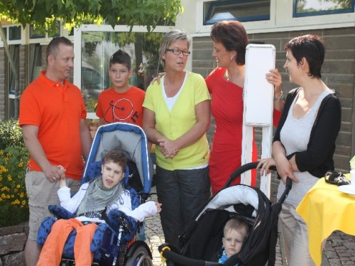 Endlich hatte Familie Kerber und Ines Debinski die Möglichkeit, sich ganz persönlich bei Margit Tönnies für die Hilfe zu bedanken.