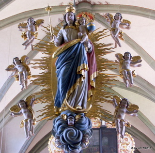 Die Doppelmadonna auf der Nonnenempore in der Klosterkirche zu Oelinghausen