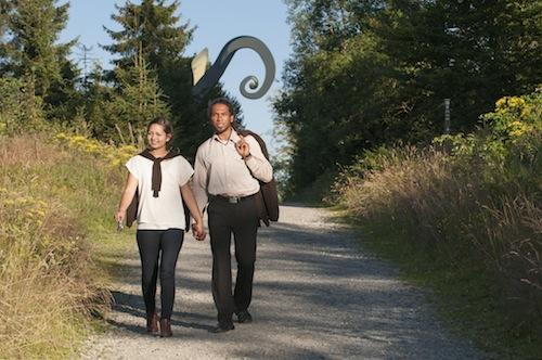 Photo of WaldSkulpturenWeg: Taxi für Wanderer