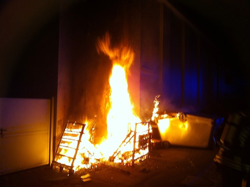 Photo of Einkaufsmarkt fängt Feuer