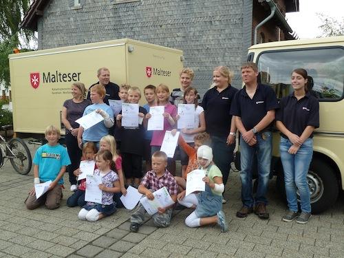 """Photo of """"Abenteuer Helfen"""" in Netphen-Beienbach – Malteser brachten Kindern die """"Erste Hilfe"""" näher"""