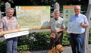 Neue Schilder für Naturpark Arnsberger Wald