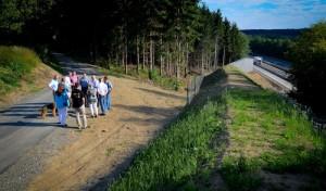 Heider besichtigt Lärmschutz in Hünsborn und Ottfingen