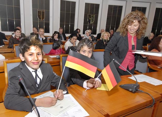 Photo of Kreis Soest: 194 Einbürgerungen im Jahr 2013