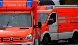 Erwitte: Lkw-Fahrer von Sonne geblendet