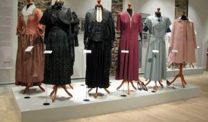 """""""Störig!"""": Kleidung und Mode im Sauerlend zwischen 1870 und 1970"""