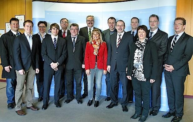 Stromanbieter und Touristiker wollen die E-Mobilität im Märkischen Kreis vorantreiben (Foto: Erkens/Märkischer Kreis).