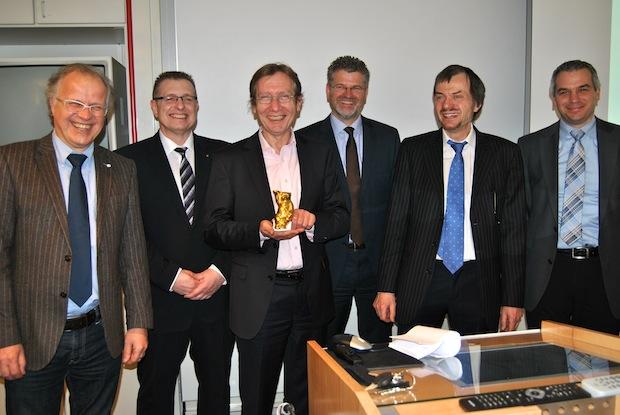 Photo of Goldener Bär für Südwestfalen: Kunststoffinstitut ausgezeichnet