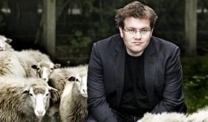 Matthias Reuter gastiert im Otto-Reiffenrath-Haus