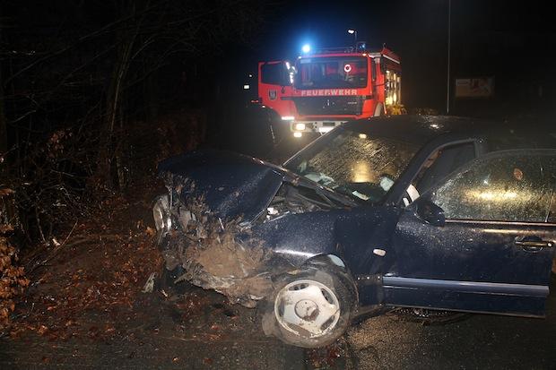 Photo of Verkehrsunfall mit drei schwerverletzten Personen