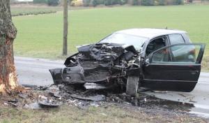 Autofahrer nach Verkehrsunfall schwer verletzt