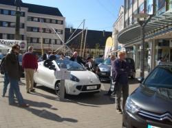 <b>Unternehmen bieten attraktive Zwei- und Vierräder-Parade im April</b>
