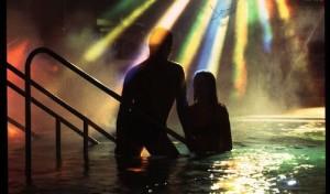Entspannung einmal anders: Mitternachtsschwimmen in der SoleTherme