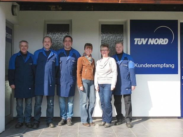 Das Team der TÜV-STATION Iserlohn (Foto: TÜV-STATION Iserlohn).