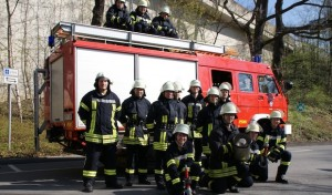 Feuerwehr-Einsatzkräfte beginnen Grundausbildung