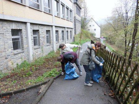 Photo of Umwelttag von Baugesellschaft und Generationstreff am Knerling