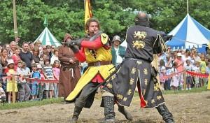 Das Mittelalter kehrt auf Burg Altena zurück