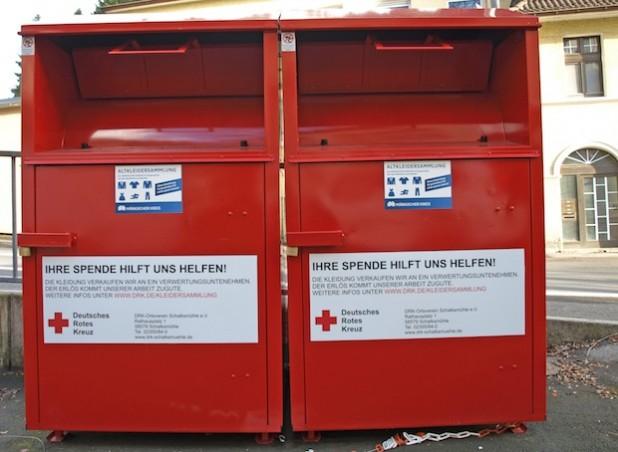 Die offiziellen Sammelcontainer sind deutlich gekennzeichnet (Foto: Maekler/DRK Schalksmühle).