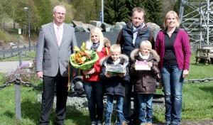 3 250 000. Besucher im Sauerländer Besucherbergwerk begrüßt