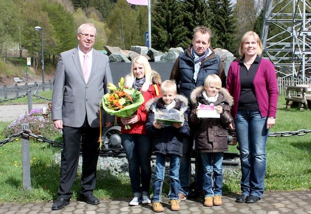 Photo of 3 250 000. Besucher im Sauerländer Besucherbergwerk begrüßt