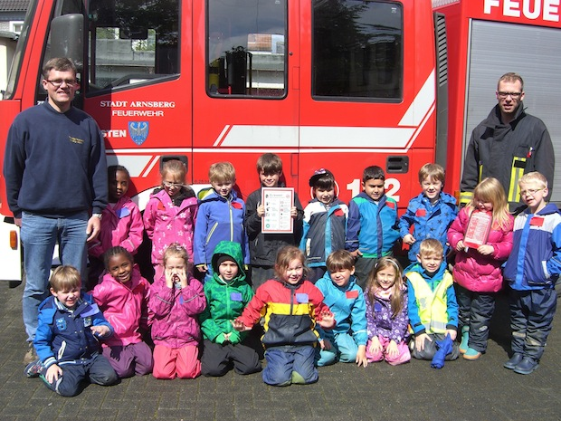 Photo of Kindergarten Kolpingstraße besucht Feuerwehr