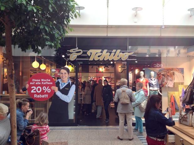 Der neue Tchibo-Store präsentiert sich nun größer und übersichtlicher.