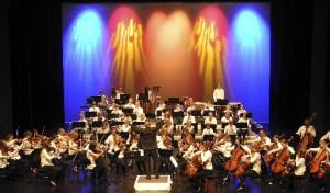 """""""Auf dem Weg nach Ungarn"""": Großes Orchesterkonzert im Parktheater"""