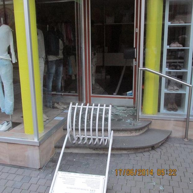 Photo of Werl: Einbruch in Bekleidungsgeschäft