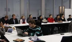 Universität und Startpunkt57 richten Unternehmensplanspiel aus