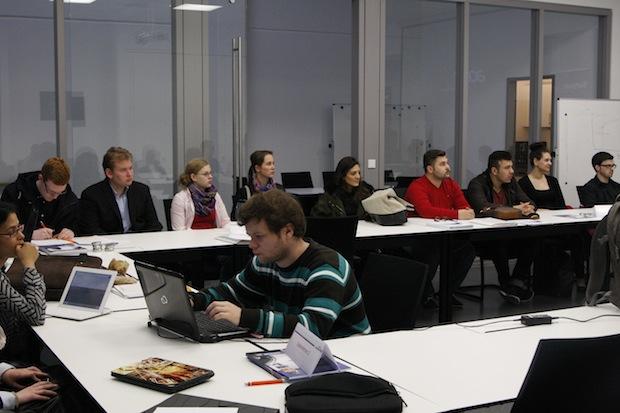 Photo of Universität und Startpunkt57 richten Unternehmensplanspiel aus