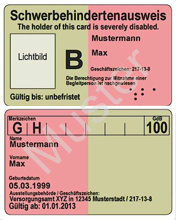 So sehen Vor- und Rückseite des neuen Schwerbehindertenausweises im Scheckkartenformat aus (Fotomontage: Pressestelle Kreis Soest).