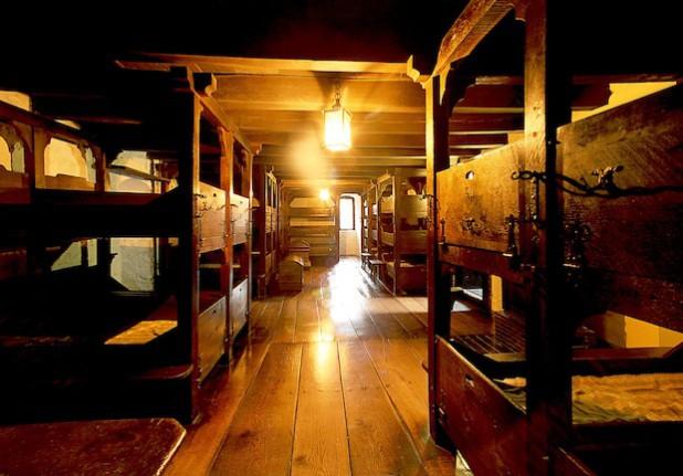 Der Jungenschlafsaal der ersten Jugendherberge der Welt (Foto: Klaus Sauerland, Märkischer Kreis)