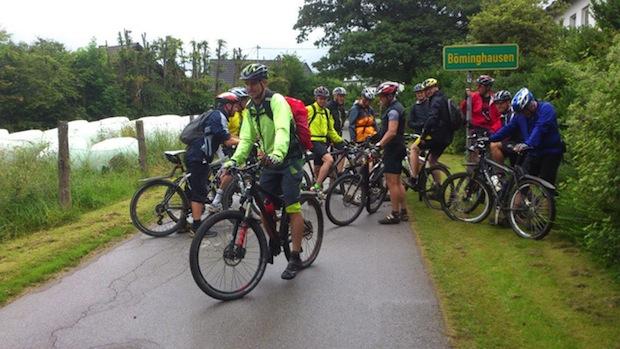Photo of Hilchenbach: Biker trotzen dem Regenwetter