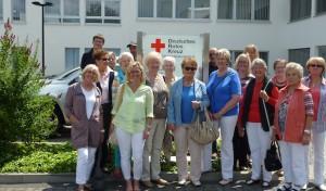 DRK-Frauenverein Siegen besucht Blutspendedienst in Hagen
