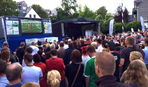 Public Viewing: Odeborn-Arena vor Regenfront gewappnet