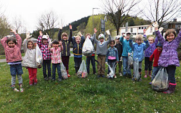 Mädchen und Jungen aus dem AWO-Kinderhaus Hilchenbach (Foto: Stadt Hilchenbach).