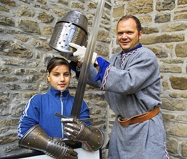 Photo of Erlebnisführung: Als Ritter im Wasserschloss