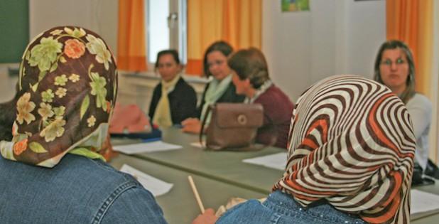 Ein Großteil der Teilnehmer schafft den Integrationskurs schon im ersten Versuch (Foto: pmk).