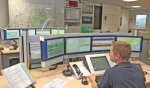 Mitarbeiter beziehen die modernisierte Kreisleitstelle