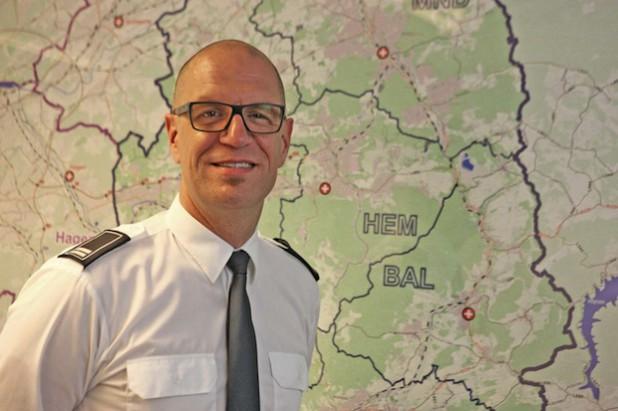 Stephan Volkmann freut sich über die verbesserten Arbeitsbedingungen für seine Mitarbeiter (Foto: Hendrik Klein/Märkischer Kreis).
