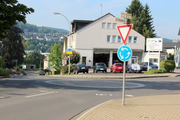 Aufgrund von Bauarbeiten am Kreisverkehr Am Stürzenberg/Grafweg in Attendorn kommt es in diesem Bereich ab dem 21. Juli 2014 zu Verkehrsbehinderungen (Foto: Hansestadt Attendorn).