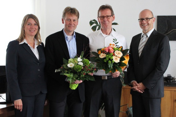 Leitungswechsel an der Realschule Wilnsdorf: Uwe Rinsdorf (2. v.l.) ist Nachfolger des pensionierten Rektors Wolfgang Kuhn (3. v.l.) und wurde am vergangenen Donnerstag von Bürgermeisterin Christa Schuppler und dem 1. Beigeordneten Helmut Eich im Rathaus begrüßt (Foto: Gemeinde Wilnsdorf).