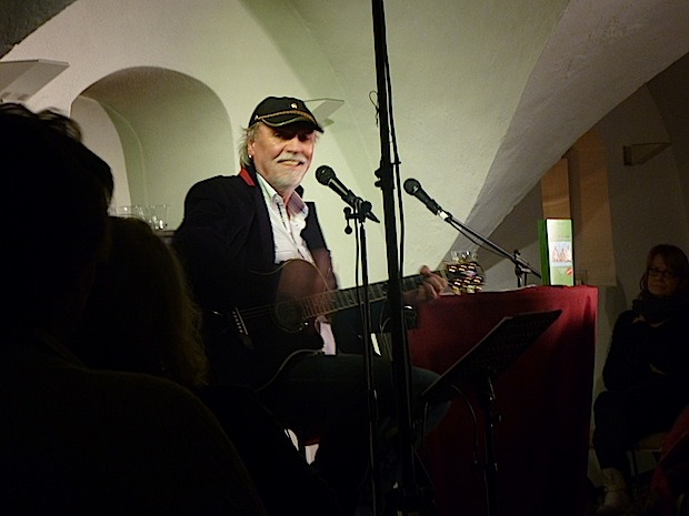 Photo of Reiner Hänsch mit neuem Roman, Musik und Dönekes auf Tour